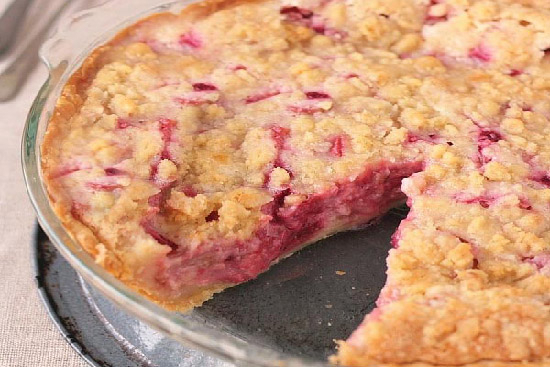 Raspberry-rhubarb custard tart  - A recipe by Epicuriantime.com