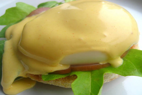 Hollandaise sauce - A recipe by wefacecook.com