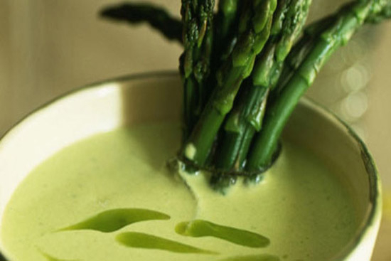 Cream of asparagus soup - A recipe by Epicuriantime.com