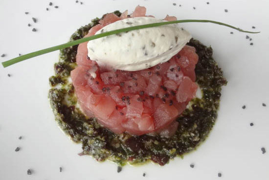 Tuna tartare with grapefruit vinaigrette and sorbet - A recipe by Epicuriantime.com