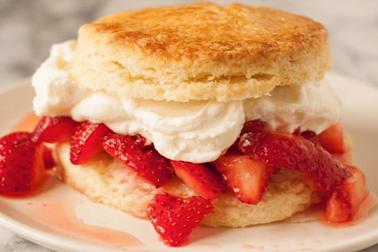 Strawberry orange shortcakes - A recipe by Epicuriantime.com