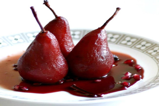 Poached pears in red wine - A recipe by Epicuriantime.com