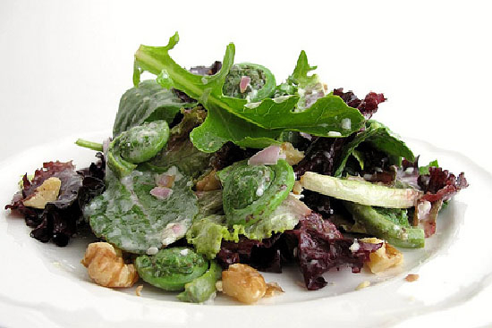 Fiddleheads and black olive salad - A recipe by Epicuriantime.com