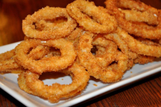 Crispy onion rings - A recipe by wefacecook.com