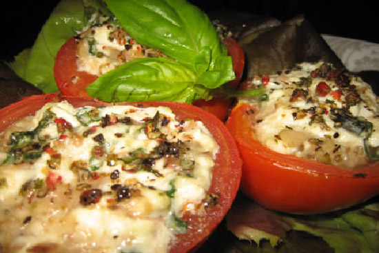 Tomatoes stuffed with goat cheese - A recipe by Epicuriantime.com