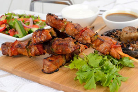 Brochettes of pork with rosemary - A recipe by Epicuriantime.com