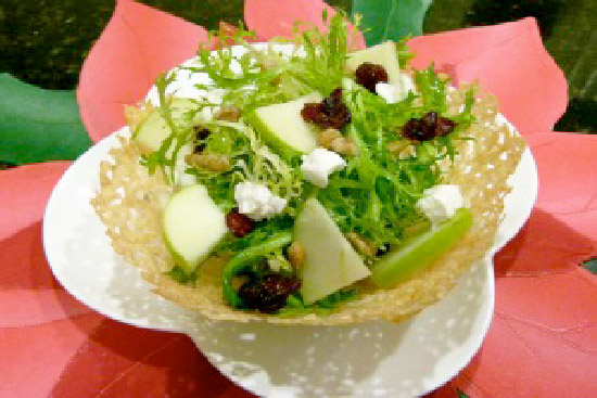 Pasta salad in parmesan baskets - A recipe by Epicuriantime.com