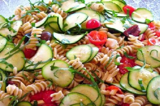 Summer pasta vegetable salad - A recipe by Epicuriantime.com