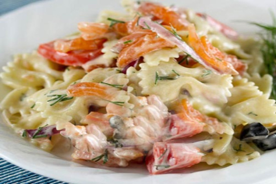 Cold salmon and pasta