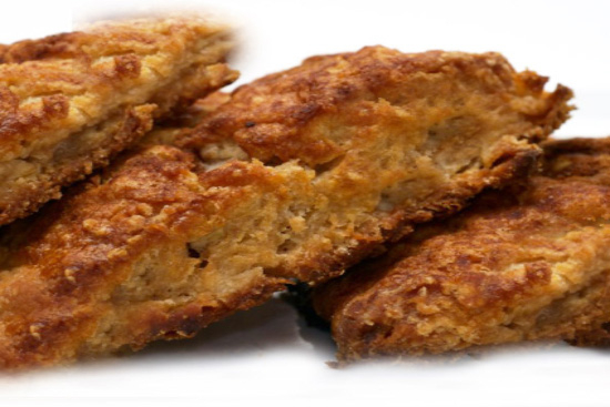 Apple and oat scones with cinnamon