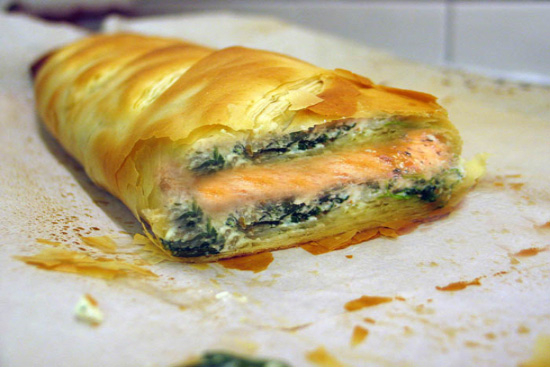Salmon and spinach strudel - A recipe by Epicuriantime.com