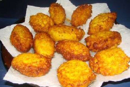 Acaraje -  black-eyed pea fritters
