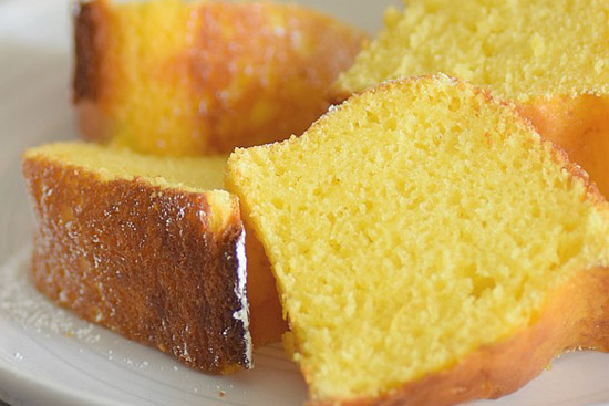 Lemony lemon pound cake